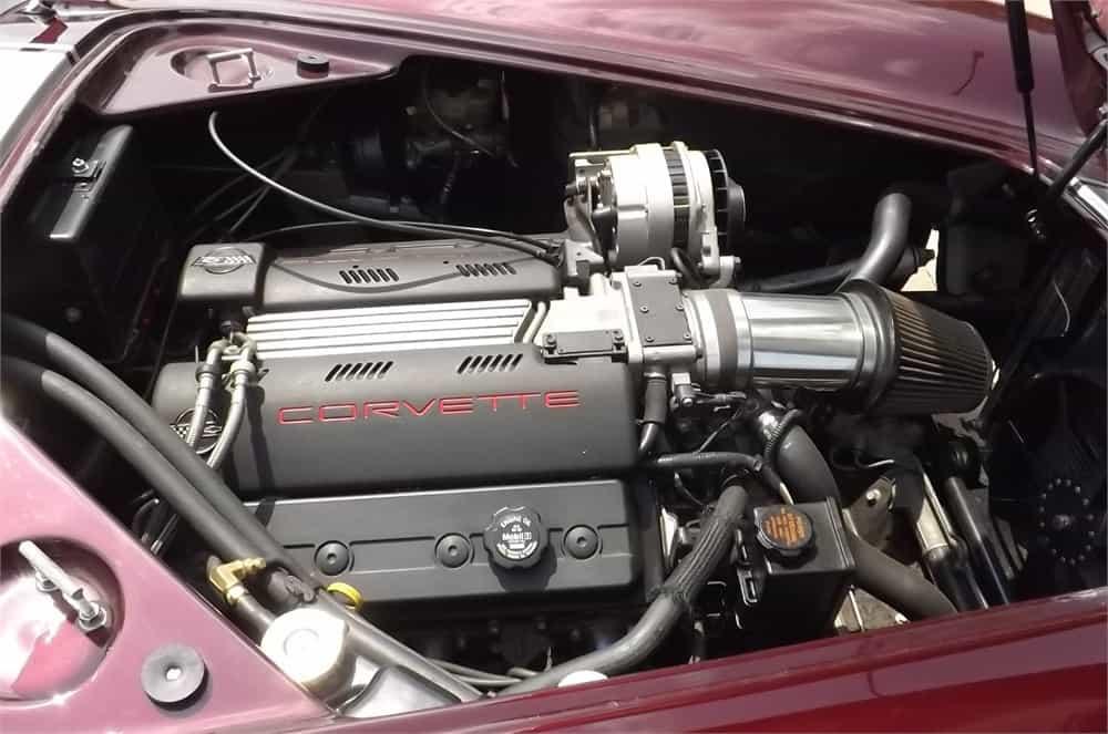 1966 Shelby Cobra replica  engine