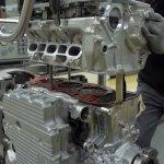 porsche-911-engine-assembly-line-in-zuffenhausen_100494941_h