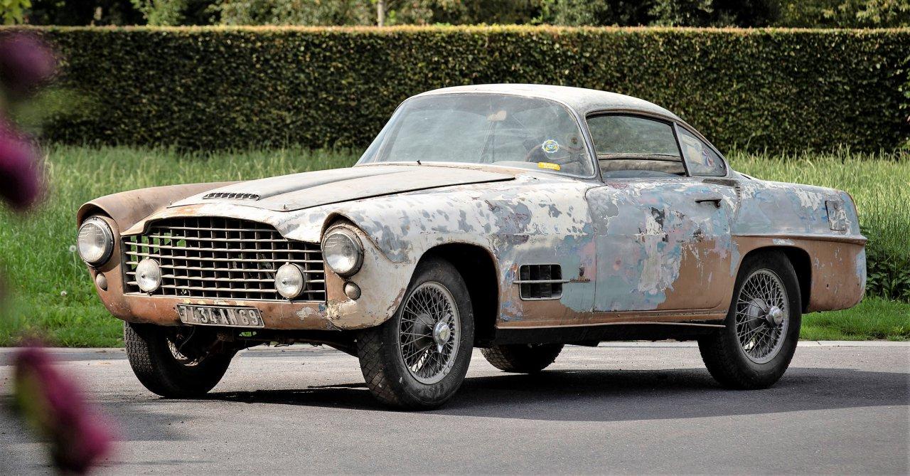 auction, Bonhams seaside Zoute auction led by 1994 Bugatti EB110 Super Sport, ClassicCars.com Journal