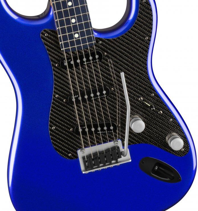 Fender Lexus LC Stratocaster guitar   Lexus photos