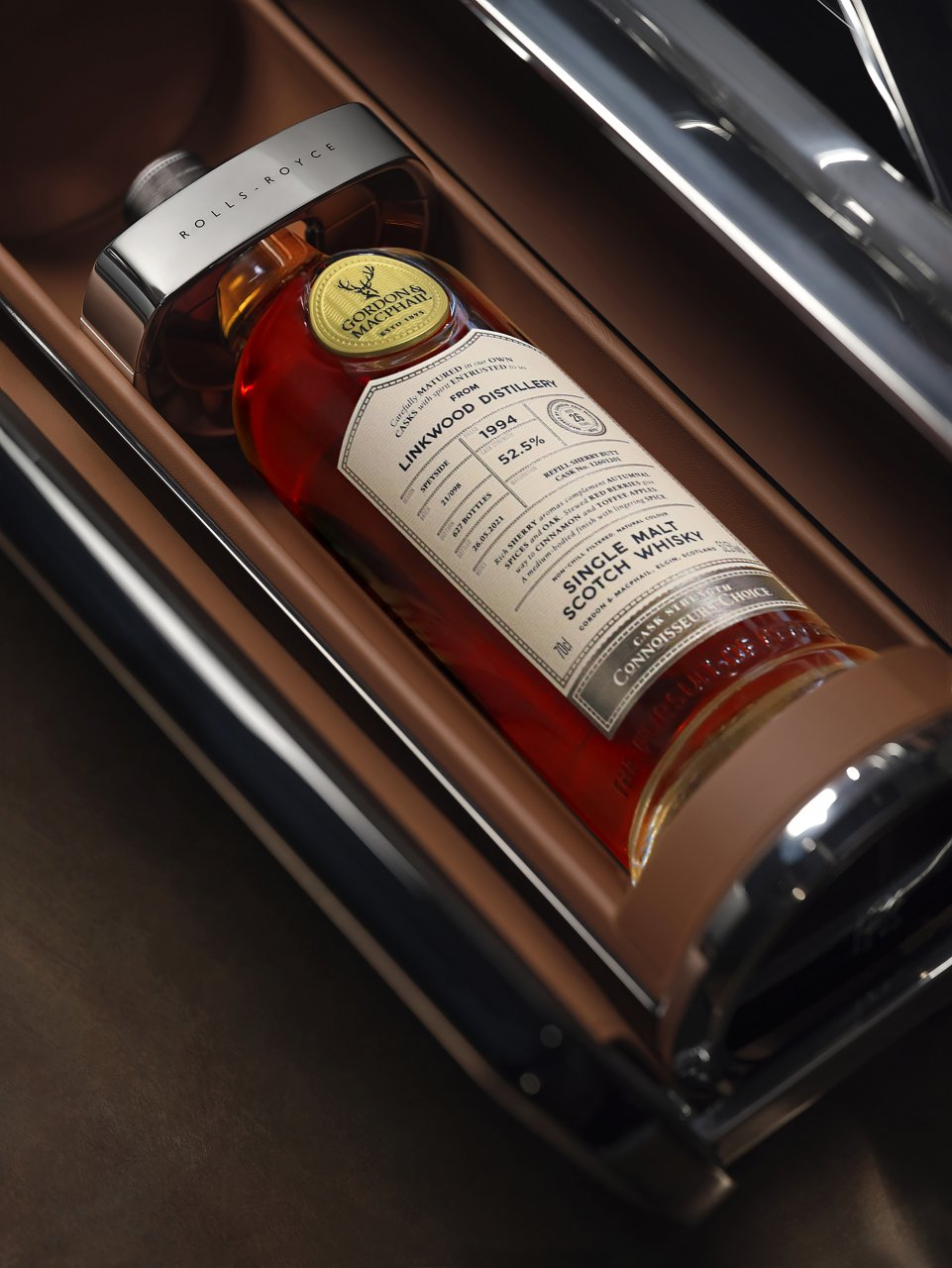 whisky, Rolls-Royce whisky and cigar chest designed to entertain the wealthiest of guests, ClassicCars.com Journal