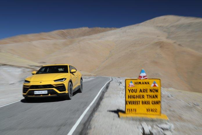 The Lamborghini Urus on the world's highest drivable road | Lamborghini photos